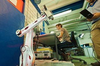 Engenharia Mecatrônica: curso, profissão e mercado de trabalho