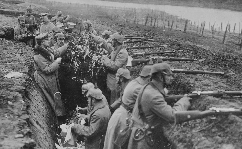 Fonte: https://otrecocerto.com/2016/03/28/primeira-guerra-mundial-o-terrivel-cotidiano-nas-trincheiras/