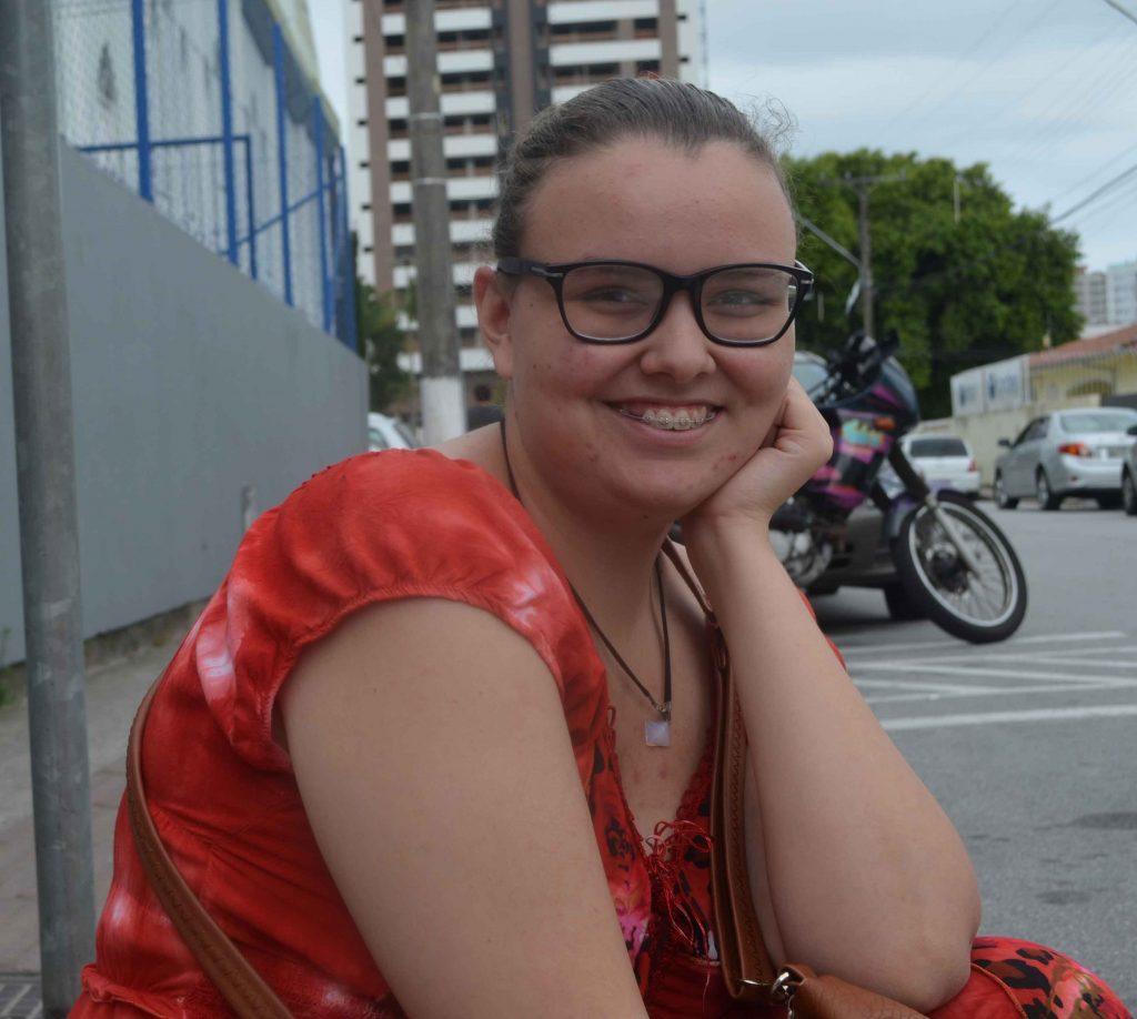 Manuela Souza, 17 anos, gostou do tema da redação Enem 2016 e diz que foi tranquilo fazer o texto.