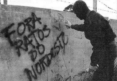 Neonazismo, preconceito, xenofobia, nordestino, pichação, etnocentrismo